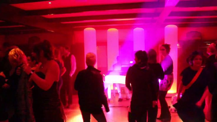 Leds dance Pianoshow boek je bij Party Planners Achterveld Tel: 0342 - 450503. www.party-planners.nl