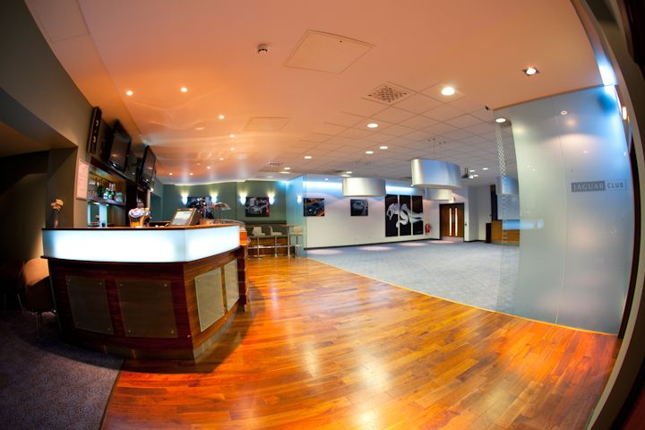 Jaguar Lounge - 540sqm of meeting and banqueting space, split over two rooms. Up to 200 delegates can be accommodated in the state-of-the-art suites which feature in-built plasma screens and AV equipment