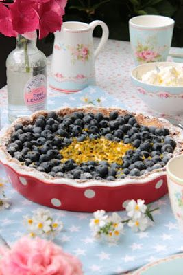 Blaubeer-Lemoncurd Tarte / Sasibella