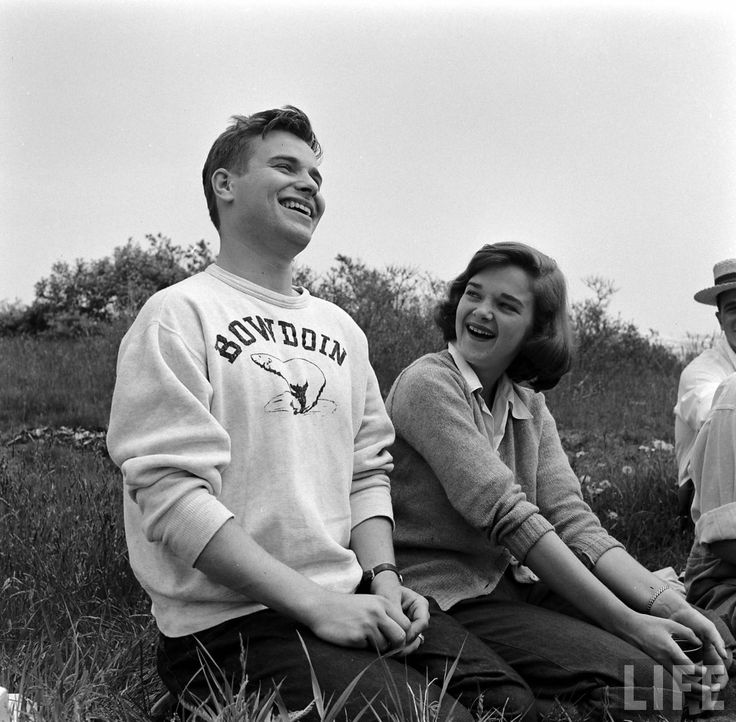Bowdoin College (Peter Stackpole. 1952)