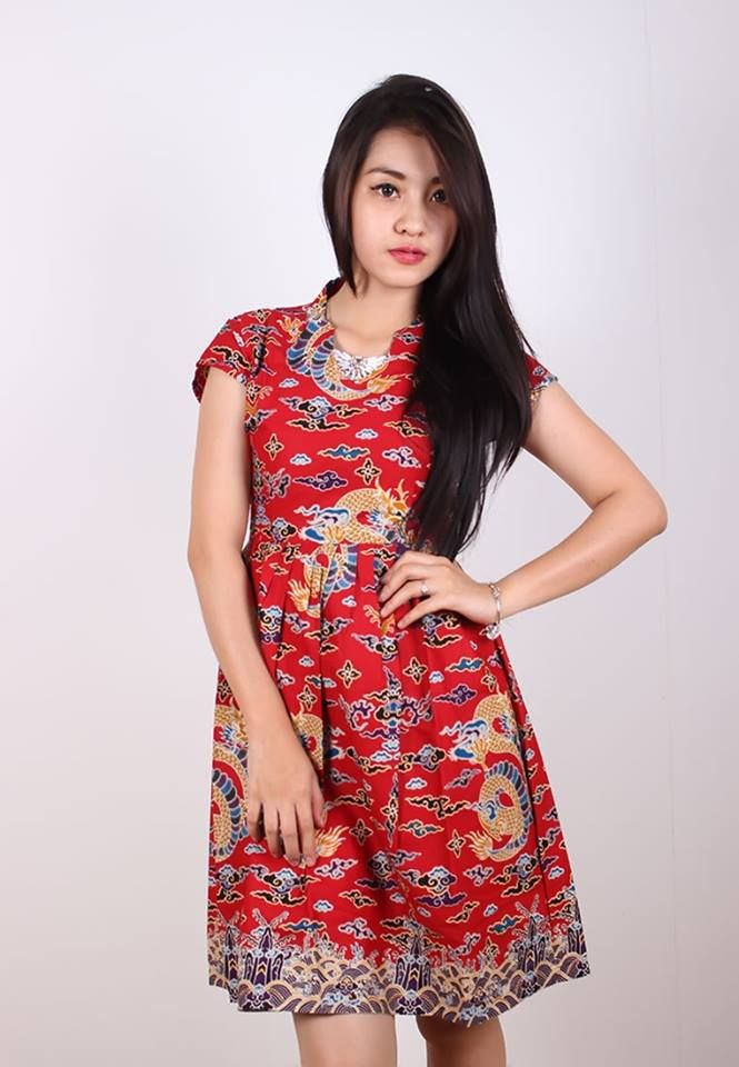 NEW ARRIVALS  Dress Megamendung Naga Merah Batik Trusmi Cirebon IDR 185.000  *bahan: Katun Tulis Halus Exclusive *size: M, L & XL *pilihan warna: Merah  ----------------------------------------------------------------------------- Info Order, hubungi Team Marketing Online kami [Open Reseller & Dropship] --> Phone/SMS/Whatsapp/Line :  Dian : 081564690003 | PIN BB: 57FA23DC Linda: 085864040786 | PIN BB: 57E93563 Gina : 089665271943 | PIN BB: 79FCA1A9 Viny : 085724290097 | PIN BB: 56F40C1A
