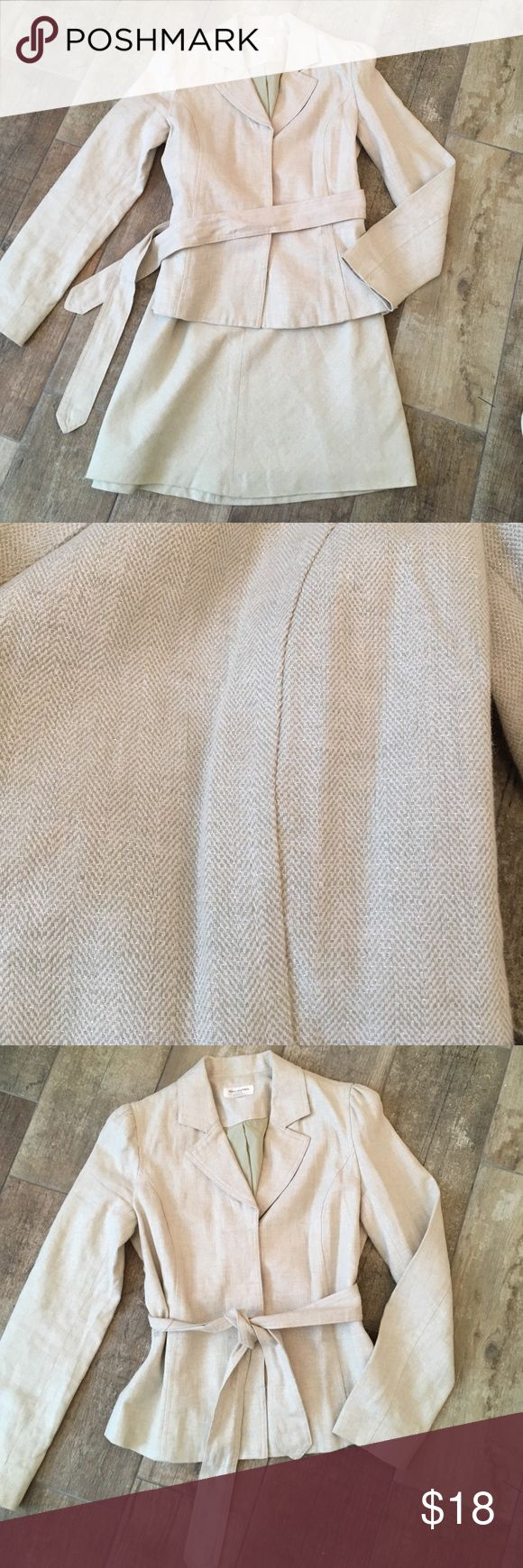 Mint Green Shimmery Suit Spring perfect mint green skirt suit with shimmery silver throughout. Includes a Belted blazer and A-line skirt. Both fully lined. Isaaac Mizrahi for Target. Excellent condition. Both size 4. Isaac Mizrahi Jackets & Coats