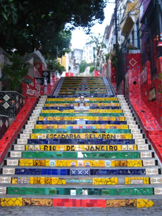 De trappen van Rio de Janeiro, lees meer over Zuid Amerika en Brazilie op www.wearetravellers.nl/zuidamerika/brazilie