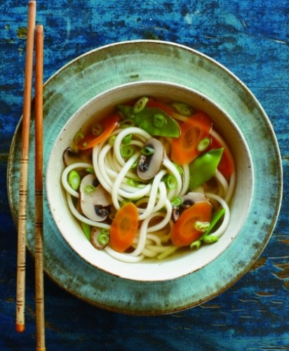 Japanese Udon Noodle Soup.  Easy and healthy weeknight dinner.