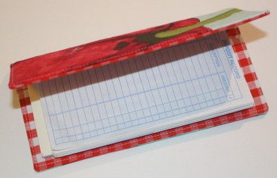 Free tutorial for a check book cover, from Swoon Bags.