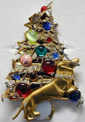 Christmas Tree + Doxie Pin   i would love this for christmas time