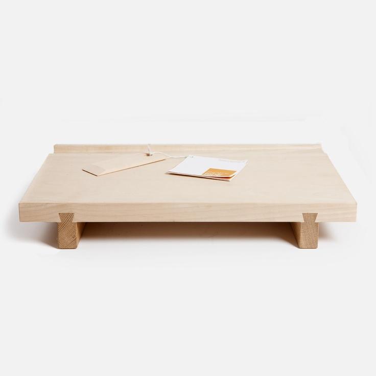 SIDE BY SIDE  SCHNEIDEBRETT 65,00€  Design von Andreas Ulbricht  Produktion in der Caritas Werkstatt für behinderte Menschen München