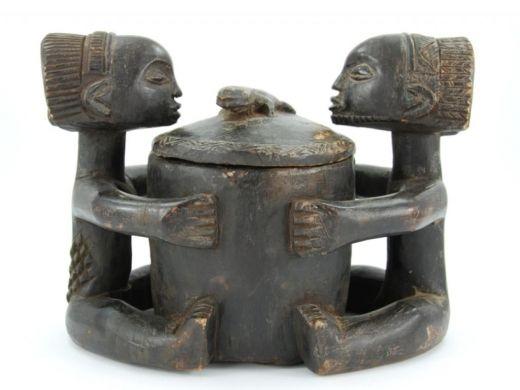 Luba container  http://www.etnobazar.pl/shop/stanley/products/pojemnik-luba-sztuka-afrykanska-figurka-kongo