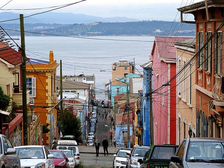 Calles de Cerro Alegre (Valparaiso, Chile)   Flickr - Photo Sharing!