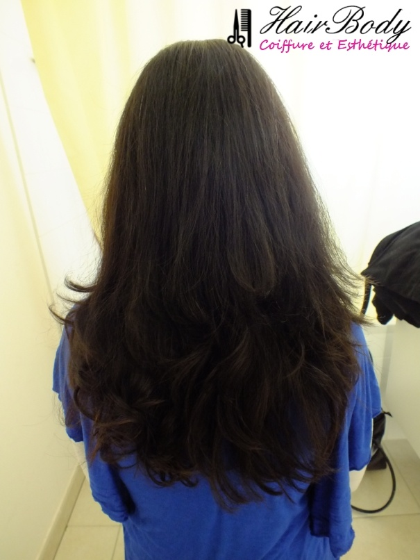 Coupe + Brush souple http://www.hairbody.fr/coiffure-domicile/forfaits-femme-731.html