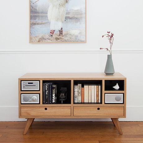 Minimalistische Möbel in solidem Stil