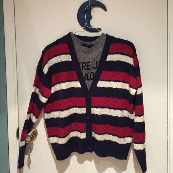 LAST CHANCE DONATING Striped cardigan Cozy cardigan, wonderful condition. Women's size m. Sweaters Cardigans