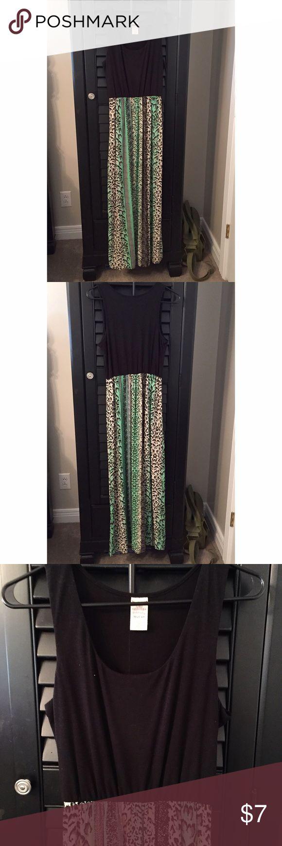 Faded Glory Black and Green Leopard Maxi Dress Faded Glory Black and Green Leopard Print Maxi Dress   Size M (Fits 8-10) Faded Glory Dresses Maxi