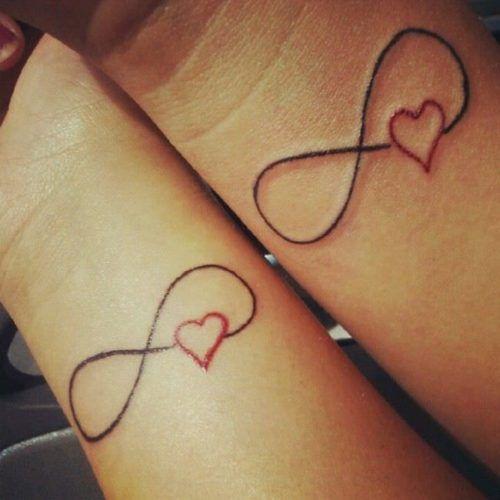 Tatuajes De Amor Para Parejas Muy Enamoradas Tatuajes A Juego Para Parejas Tatuajes Que Hacen Juego Tatuajes De Corazones Rojos