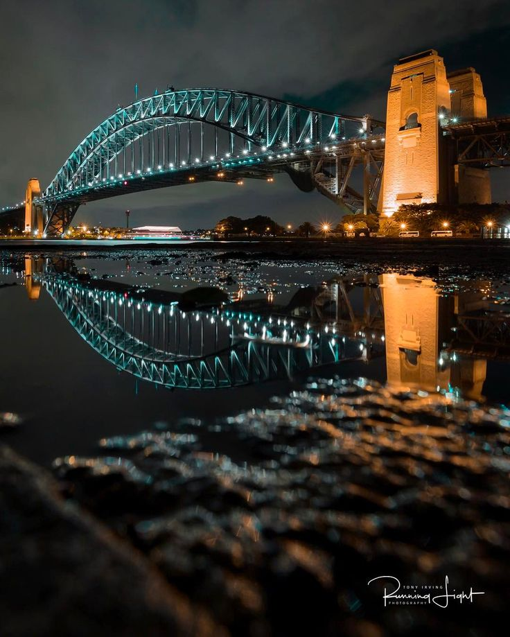 There's no doubting that the Sydney Harbour Bridge looks beautiful at any time of the day! #ilovesydney IG/tony.…: There's no doubting…