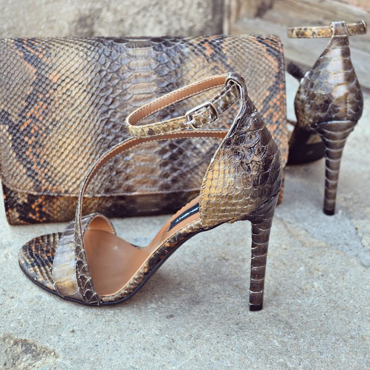 #the5thelementbags #rosettishowroom #leather #snake #highheels #bags #sandals