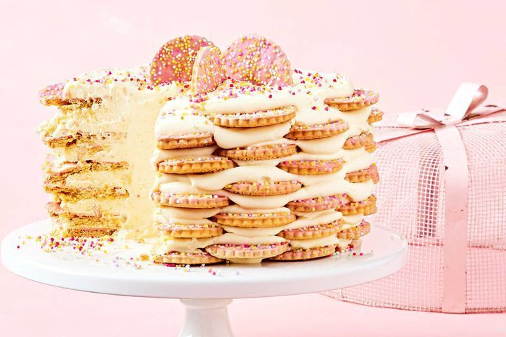 Fairy bread icebox cake