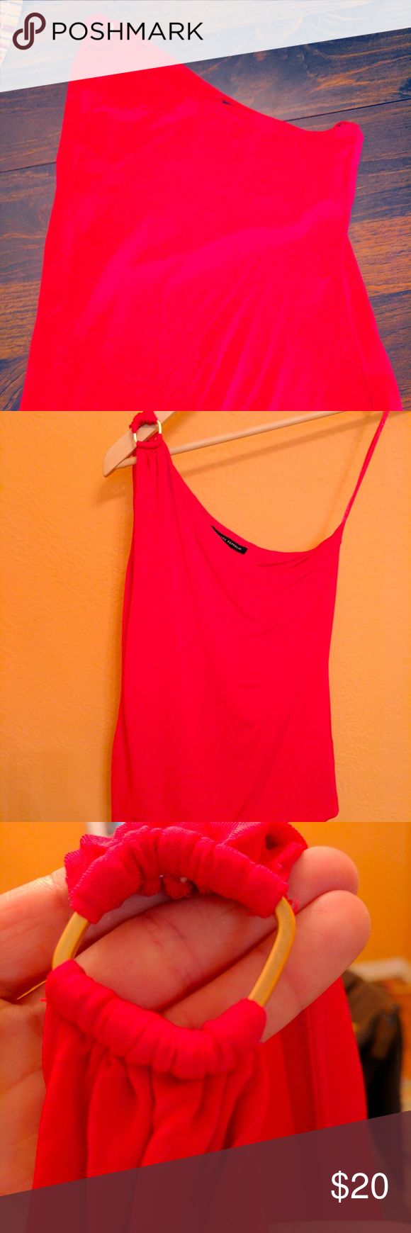 Banana Republic One Shoulder Red Top One shoulder tank top with a nice gold square connector on shoulder (see photo). Great for a night out! The top is made with stretch material and has a small lining around the breast. Banana Republic Tops