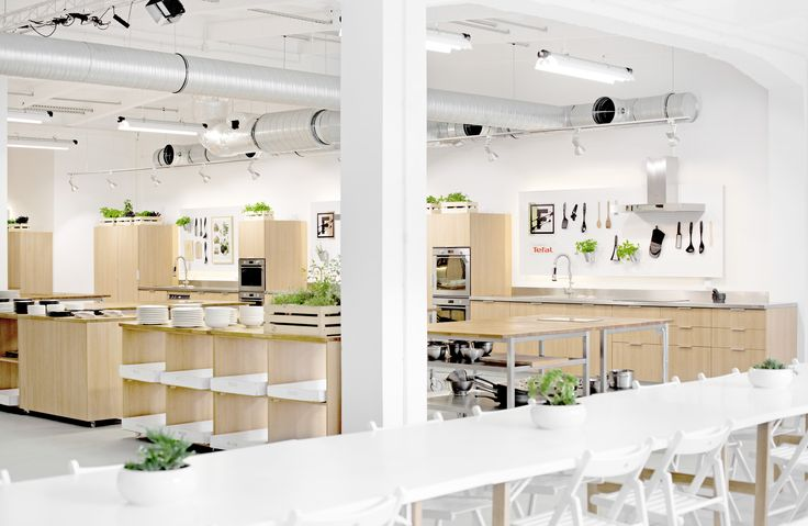 Food Lab Studio - Multifuncional space in Warsaw! #cooking #design #Lange #vespa #cook #kitchen #event #warsaw #kitchen