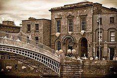 merchants arch, Wellington Quay Dublin 2 With the Ha'Penny bridge....