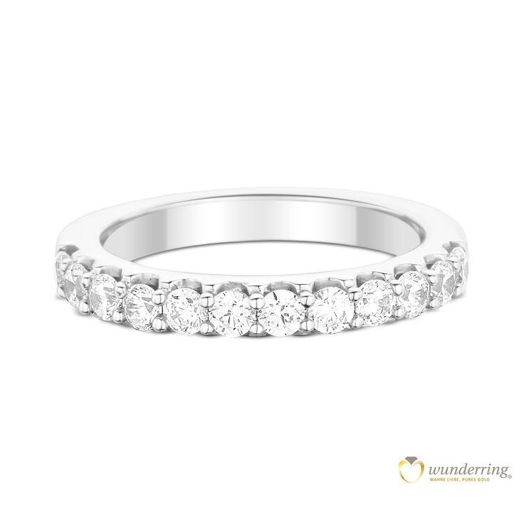 Diamantring Weißgold Luque Nr 3. Die Diamanten sind wie in kleine Krönchen einfgefasst. #Verlobungsring #Vorsteckring #Ehering #Hochzeit
