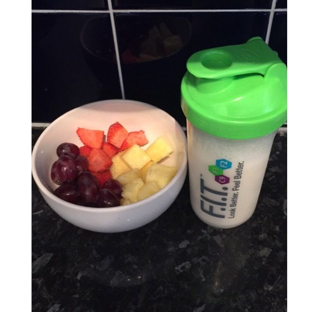 Fruit and Ultra Lite vanilla shake - great as a meal replacement or to gain weight! #UltraLite #Vanilla #shake #fruit #strawberries #pineapple #grapes