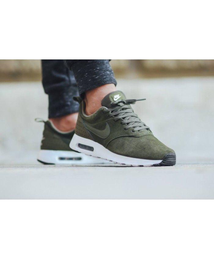 Cargo Khaki Colors The Nike Air Max Tavas UK Give you not the same as  yourself