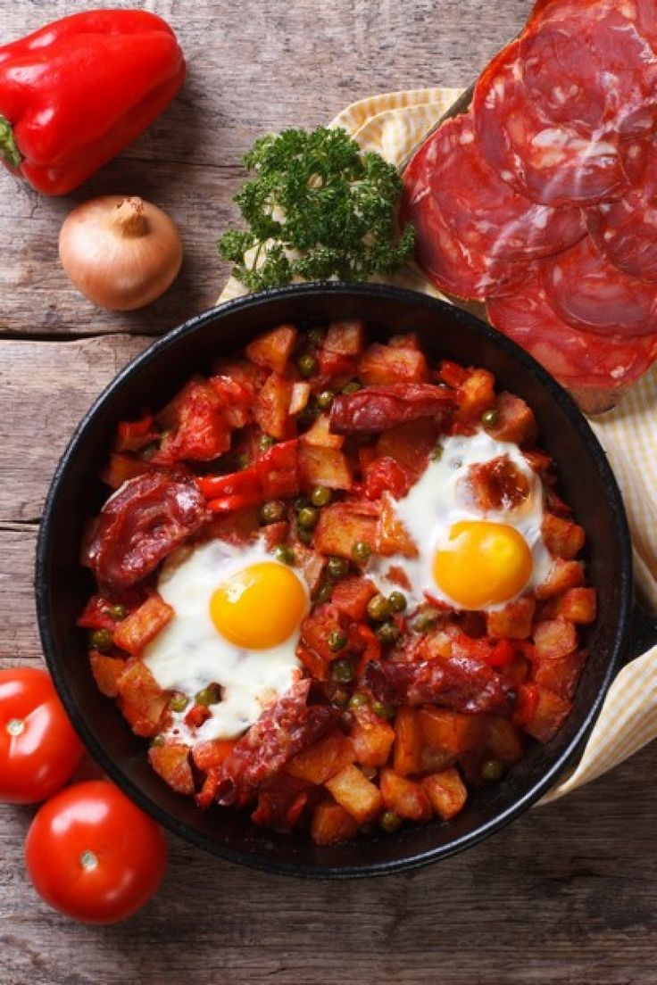 Recept: ei-groentenschotel met chorizo