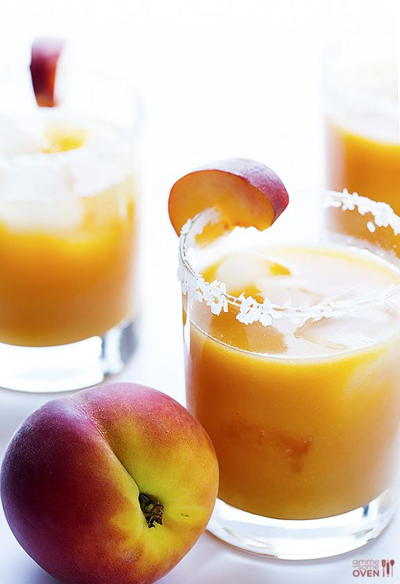Fresh Peach Margaritas | Blend fresh peaches into puree, add tequila, lime juice, triple sec, & agave, then shake!