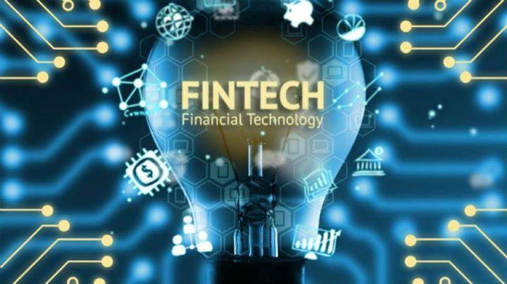 FINTECH - Cambiare verso modello digitale non è semplice. Secondo quanto espresso dai relatori ITF, il Fintech non è banca, il Fintech è nei pagamenti, riguarda il sistema transazionale. Il flusso dei pagamenti (equivalente al 5% del capitale circolante a livello globale in questo momento) ha una redditività doppia rispetto al 95% della ricchezza che viene remunerata ad una media dello 0,7%. Cinquant'anni fa i sistemi di pagamenti erano totalmente all'interno delle banche ora sono tutti…