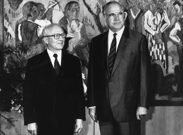 State Visit by Erich Honecker (September 7-11, 1987)-During his visit to the GDR in December 1981, Chancellor Helmut Schmidt had invited Erich Honecker to the Federal Republic. After the political changeover in 1982, Schmidt's successor Helmut Kohl explicitly repeated this invitation. Soviet pressure, however, forced Honecker to postpone his visit several times, and it was only in the summer of 1987 that Moscow's leadership under Mikhail Gorbachev approved the trip. Honecker visited the…