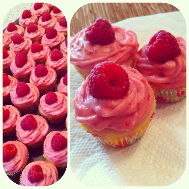 """Lemon Raspberry Cupcakes"" from @trueviolet taken on piictu.com"