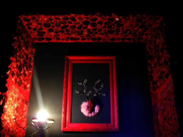luminescent panel, deer with domino horns, pink, pebble in a chili grout