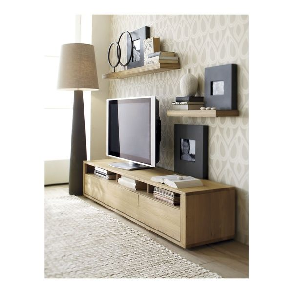 Nice way to decorate around a flat screen TV. Really like this! Wall paper that an idea