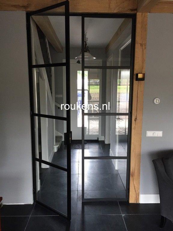 Deuren / Stalen deuren boederijwoning