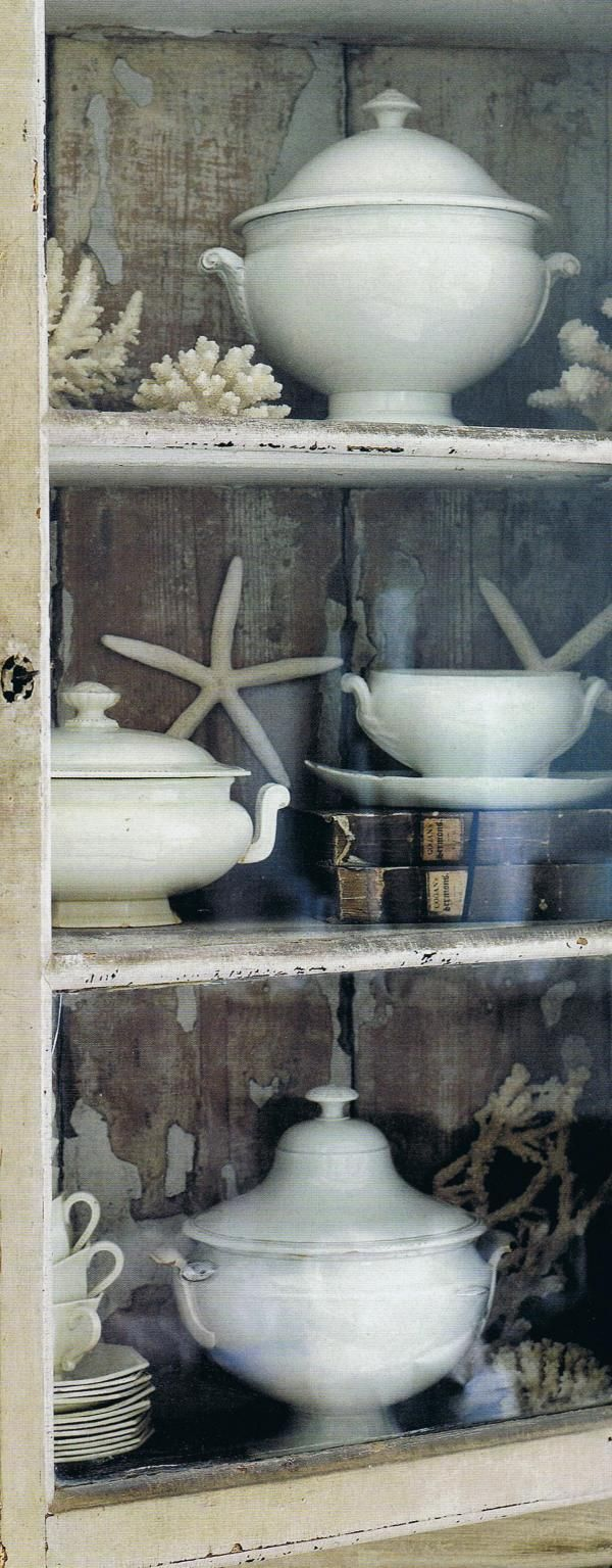 Nauticals & china; British Homes & Gardens via Trouvais
