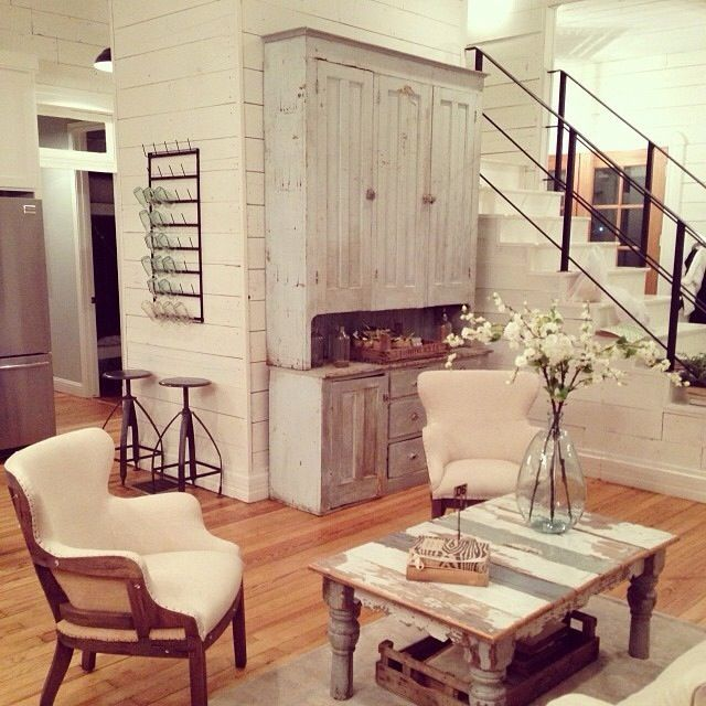 25 Best Ideas About Industrial Farmhouse On Pinterest: Best 25+ Farmhouse Stairs Ideas On Pinterest