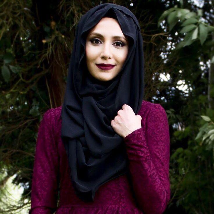 Plum - Amenakin   || #hijab #hijabi #muslimah #coveredstyle #modeststyle ||
