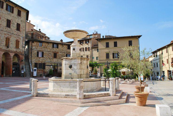 Fountain - Fountain in the main square of Castelnuovo Berardenga, Siena, Italy.