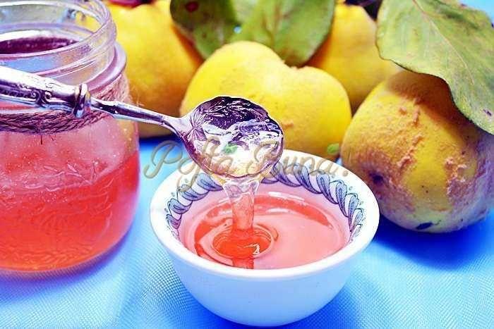 Peltea de gutui sau jeleu natural din fructe-mere, pere, gutui, reteta de peltea, cum se face peltea, cea mai buna reteta, reteta de pelteam peltea traditionala