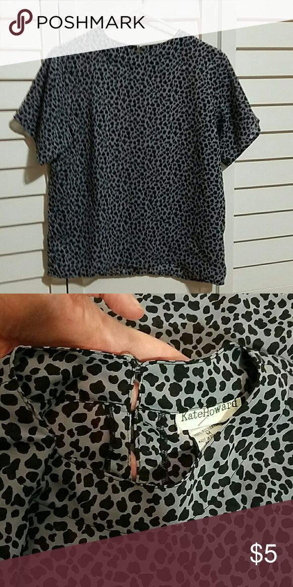 Short sleeve dress shirt Soft purple color top with cheetah print. Short sleeved. Tops Blouses