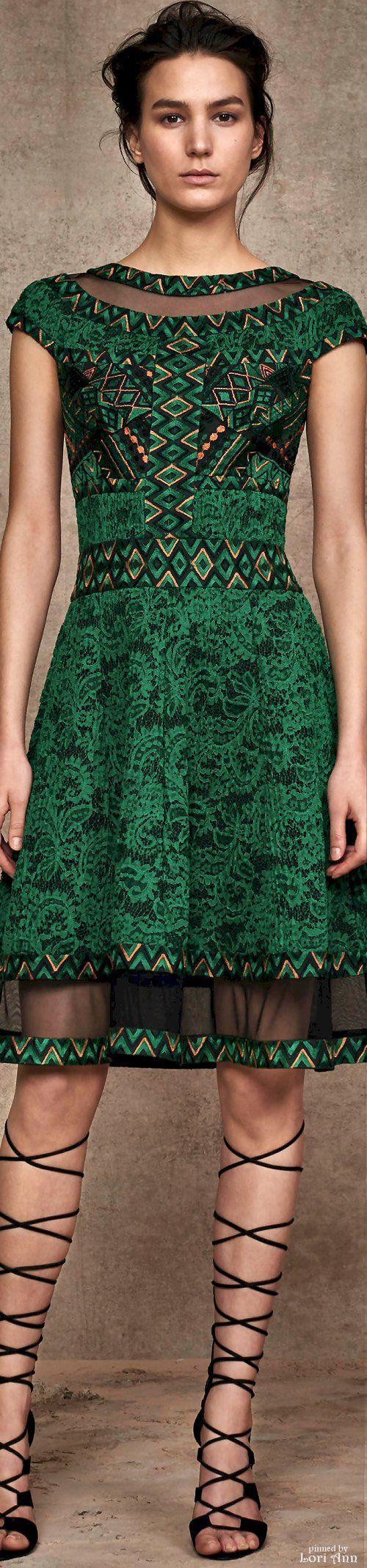 Tadashi Shoji Short Dresses