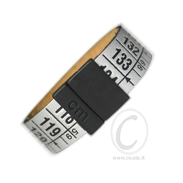 Brand: Il Centimetro. Design: centimeter bracelet - London Grey color - in leather with magnet closure! Italian Design. €28,00 on www.cicala.it - Register for discount!