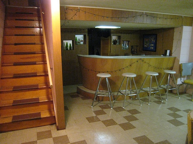 1000 images about classic 50s living spaces on pinterest for Retro basement ideas