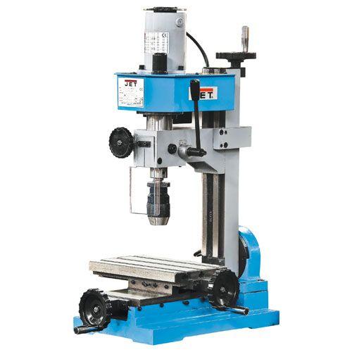 Perçage et fraisage : Les tours industriels regroupent les machines, outils, les différents accessoires utilisés pour les opérations de tournage. Le tournage est une opération mécanique qui permet d'usiner des pièces de révolution.