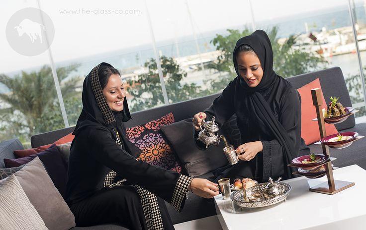 Ladies breakfast at Shisha Terrace, Four Seasons Doha! Glass Studio metal tower for 4 medium bowls ● Code: RP-08-21 ➡Contact us at info@myglassstudio.com