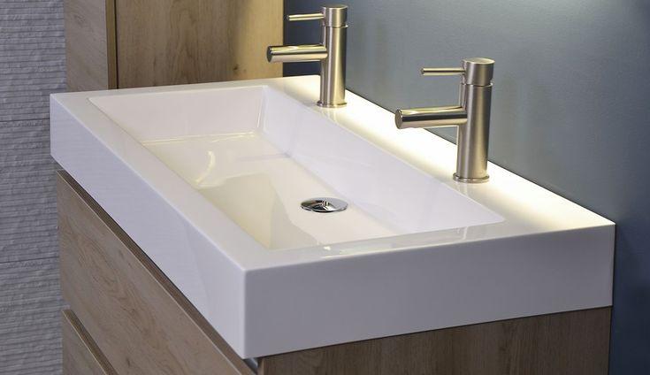 25 beste idee n over badkamer dubbele wastafel op for Detremmerie wastafel