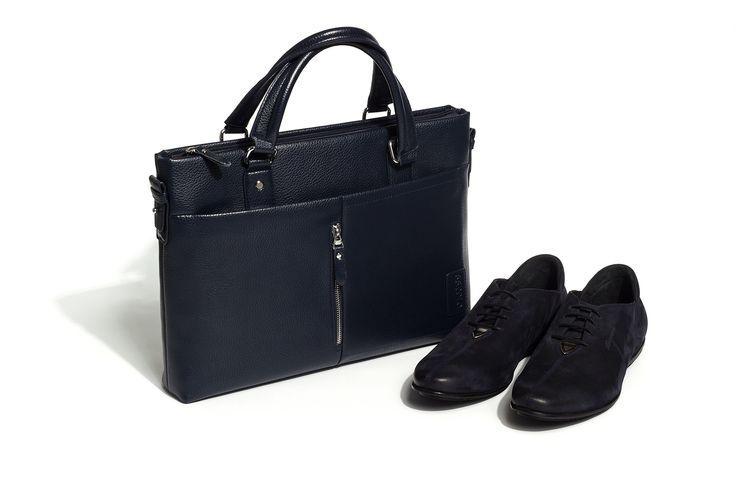 MUST HAVE   Коллекция AW'15/16   Деловая сумка - 2 499 руб. Туфли кожаные с металлической деталью - 6 599 руб.  #MFI #mensfashion_industry #musthave #аксессуары #aw16  mensfashion-industry.com