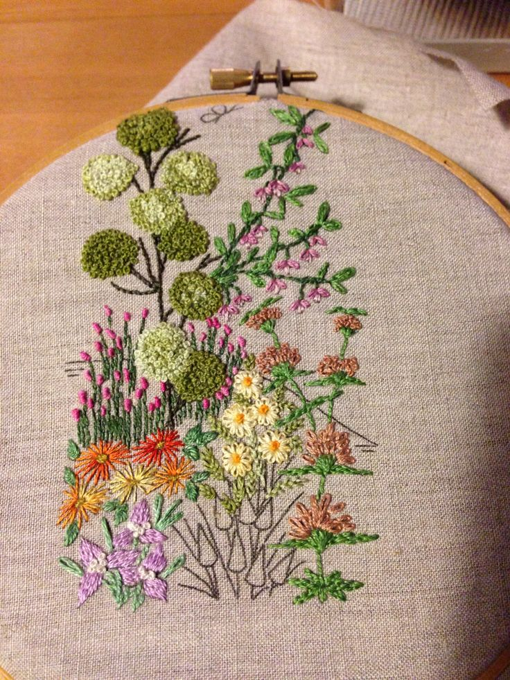Tigridias stem stitch lazy daisy long and short