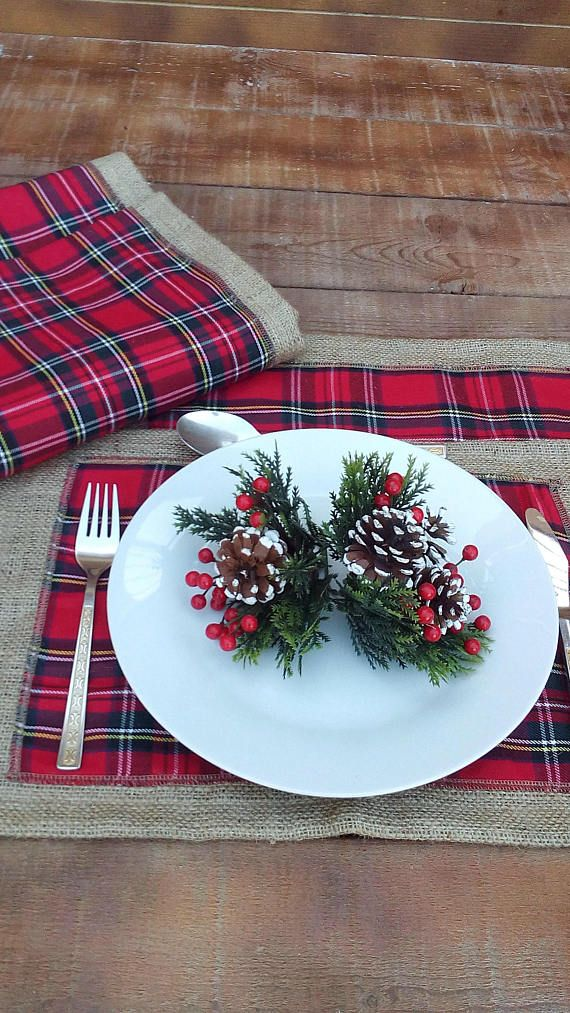 Christmas Runner  Burlap Runner with Plaid  Tartan Table